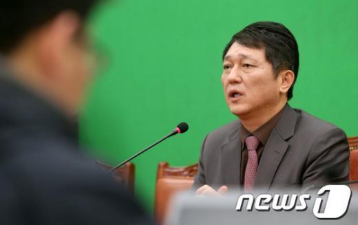[사진]최재성, 새해 예산안 관련 기자간담회
