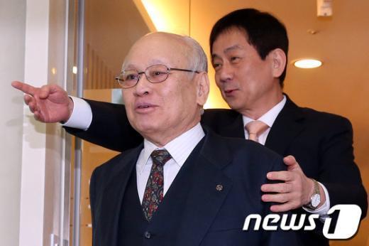 [사진]김용준-진영, '함께'