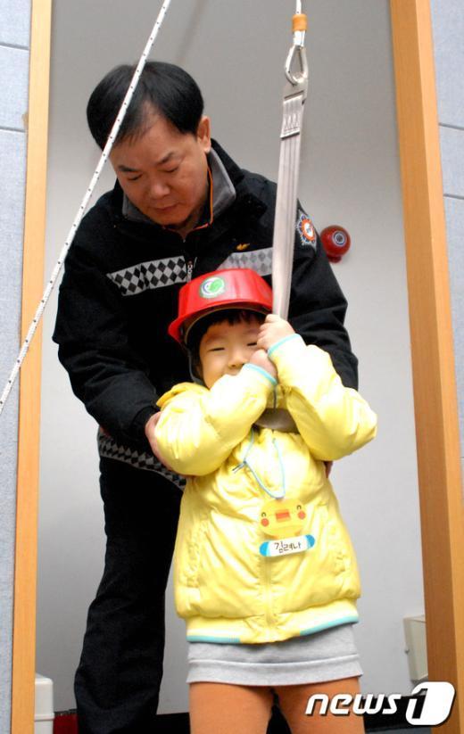 [사진]양천소방서, 어린이집 소방안전교육 실시