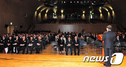 [사진]올해 마지막 정기조례 참석한 박원순 시장