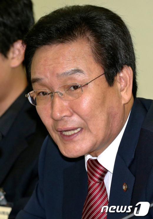 [사진]민주당 비대위 정책위의장, 변재일 의원 내정