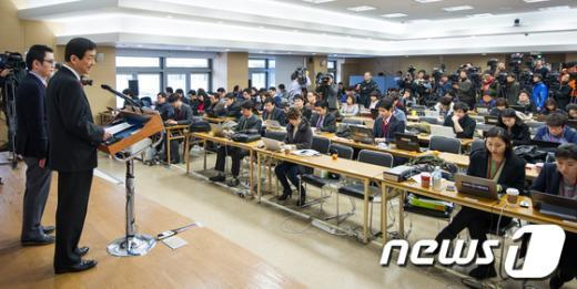 [사진]진영 부위원장, '정부부처 업무보고 관련 브리핑'