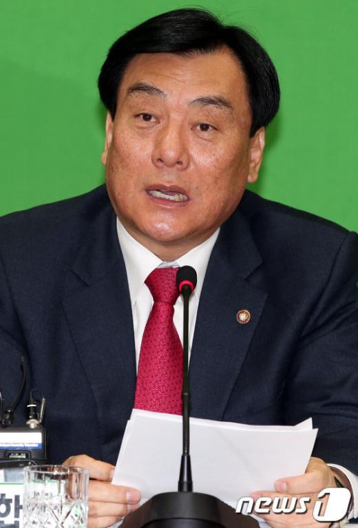 """[사진]박기춘,""""김용준 후보자 스스로 책임지고 해명해야"""""""