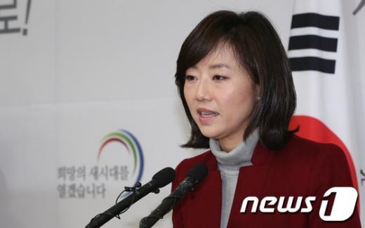 """[사진]조윤선 """"국민의 여론 무시한 것"""""""