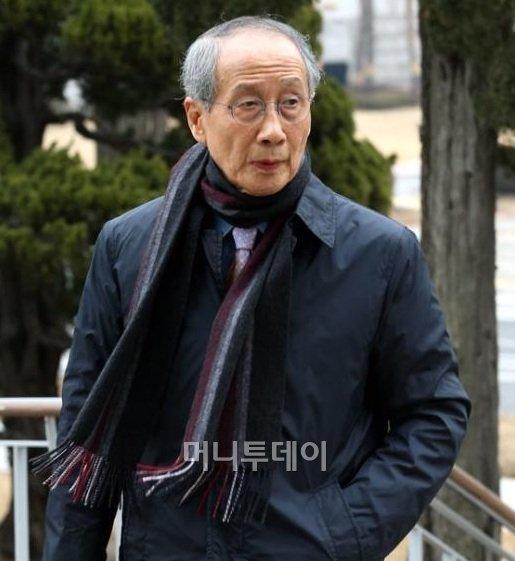 ▲윤여준 전 환경부 장관/문재인 대선캠프 국민통합추진위원장ⓒ뉴스1