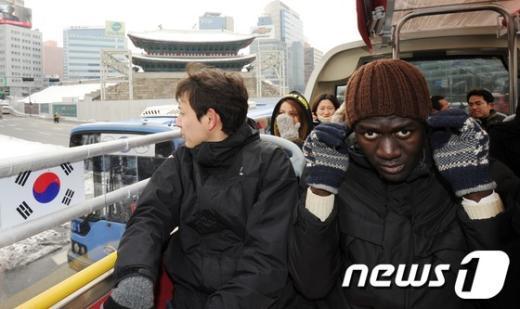 [사진]뚜껑(?) 열린 서울시티투어버스
