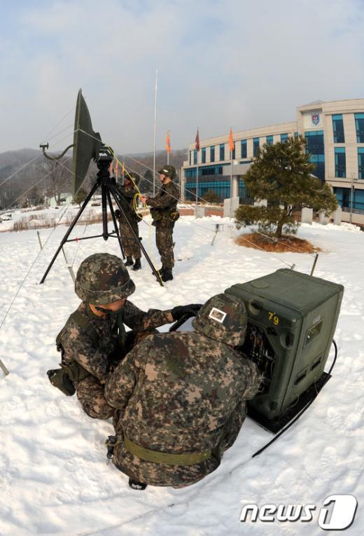 [사진]설 연휴에도 북 핵실험 대비하는 군