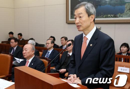 [사진]안호열 외통부 차관, 북핵 현안보고