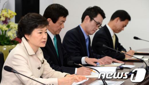 [사진]북핵 단호한 입장 밝히는 박근혜 당선인