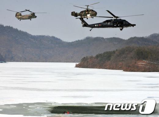 [사진]공군, 혹한기 전투탐색구조훈련 실시