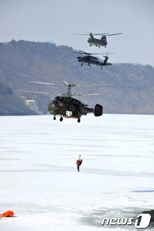 [사진]혹한기 전투탐색구조훈련