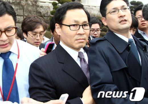 ▲4일 국회를 나서는 김종훈 미래부 장관 후보자ⓒ뉴스1