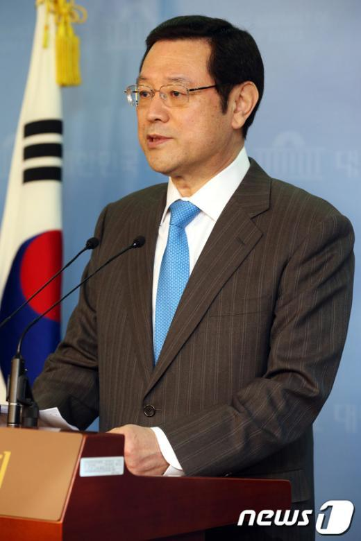 """[사진]이용섭,""""민주당 국민 지지 얻어야"""""""