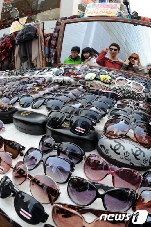 [사진]선글라스가 필요한 계절