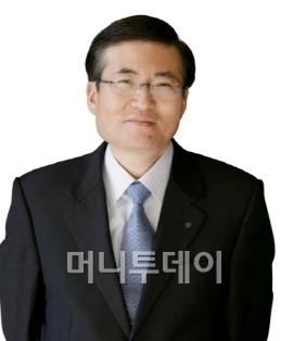 배용준 인기 여전? 日서 화장품 팔아보니..
