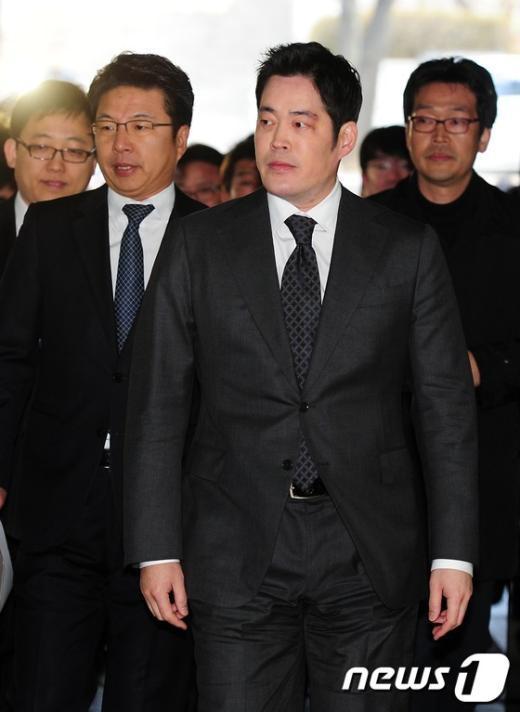 [사진]정용신 부회장, 청문회 불참 첫 공판