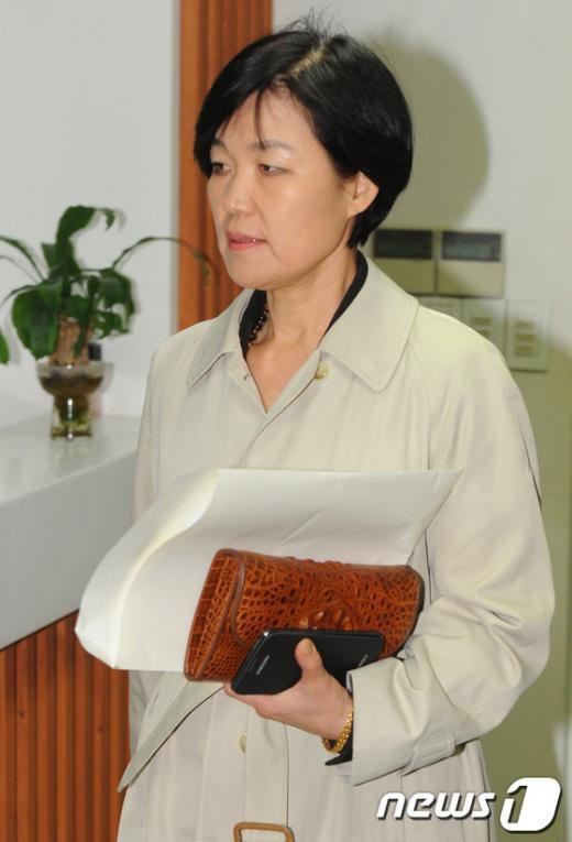 [사진]이진숙 본부장, 방문진 임시이사회 참석
