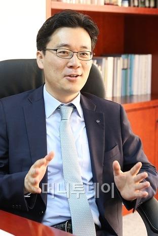 """아모레퍼시픽 """"2020년 中서 매출 3조원 이상 올릴 것"""""""