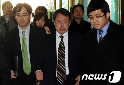 [사진]외교부 들어서는 주한 일본대사관 총괄공사