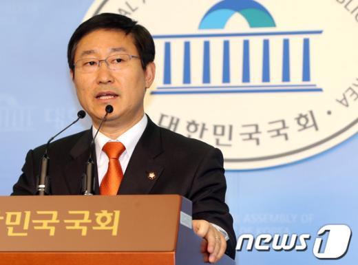 박범계 민주통합당 의원. /뉴스1  News1 송원영 기자