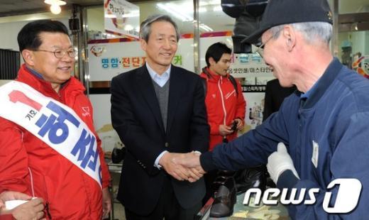 [사진]노원병 허준영 후보 지원 나선 정몽준 의원