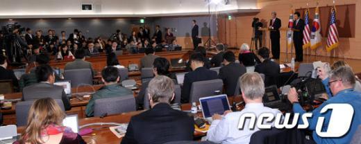 [사진]한·미 외교장관 회담