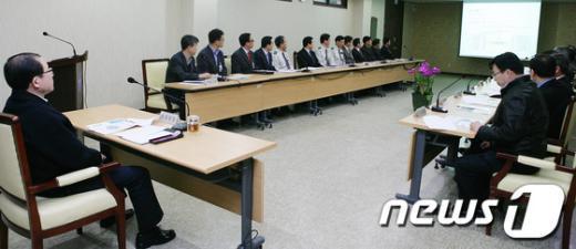 [사진]이성한 경찰청장, 관악서 업무보고
