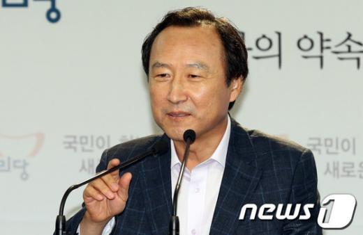 홍일표 새누리당 의원. 2012.8.12/뉴스1  News1   이종덕 기자