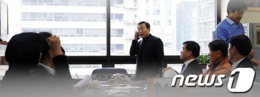 [사진]궁금한 전화통화