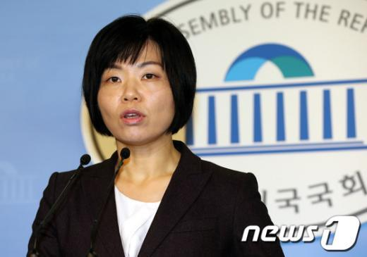 민현주 새누리당 대변인. 2013.2.19/뉴스1  News1 이종덕 기자