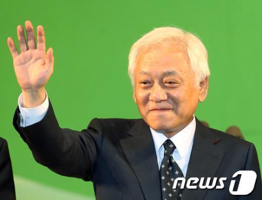 [사진]민주당 신임 대표 김한길