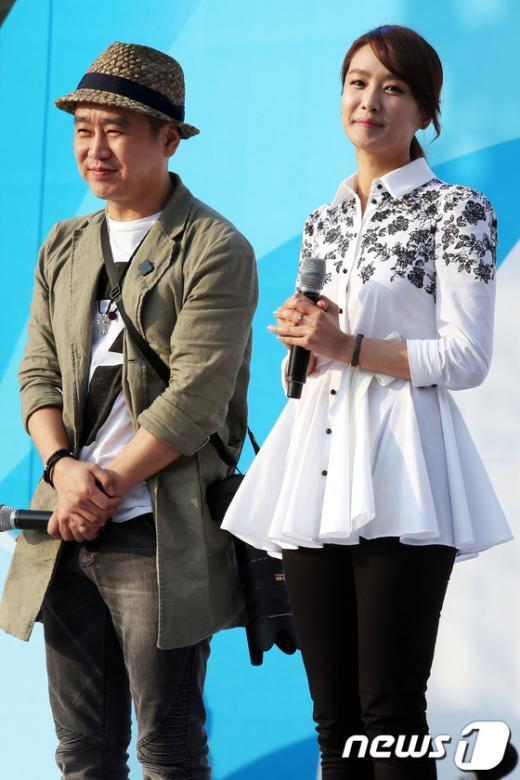 [사진]지구촌 나눔 한마당 참석한 배우 이광기-박정아