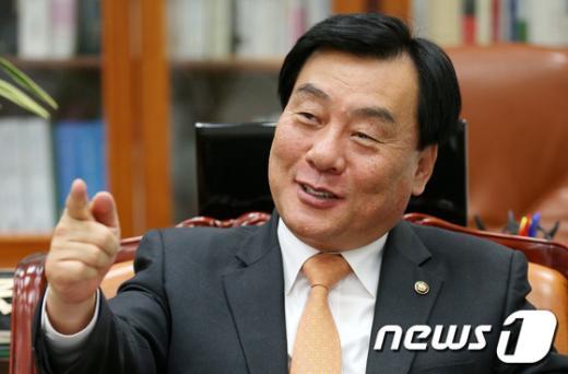[사진]사무총장 임명된 박기춘 원내대표