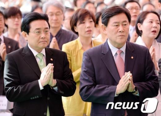 [사진]법요식에 참석한 원내대표들