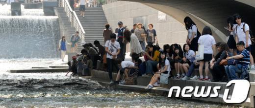 서울의 여름기간이 점점 길어지고 있다.  News1 안은나 기자