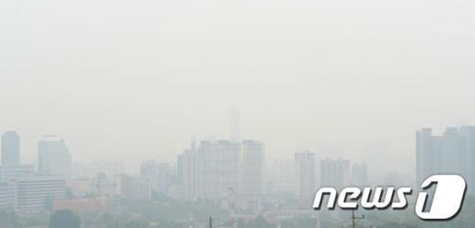 [사진]대기중 미세먼지로 뿌연 서울