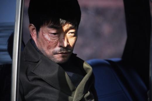 / 북한특수부대 교관 역할을 한 손현주. 사진=영화 홈페이지