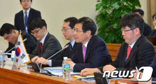 [사진]모두발언하는 박노벽 한미원자력협정 전담대사