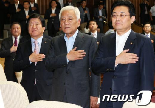 [사진]민주, 제1차 당무위원회의 개최
