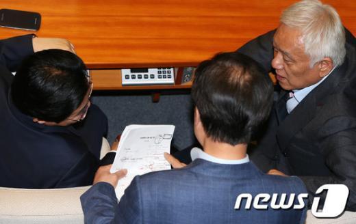 [사진]민주 지도부, 국정원진상조사특위 상황 점검
