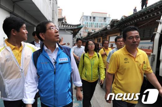[사진]성북구 방문한 박원순 시장