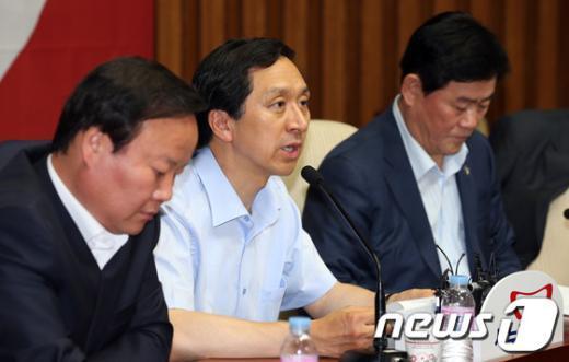 [사진]모두발언하는 김기현 정책위의장