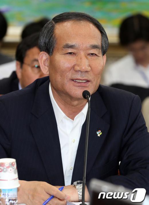 [사진]답변하는 박승춘 국가보훈처장