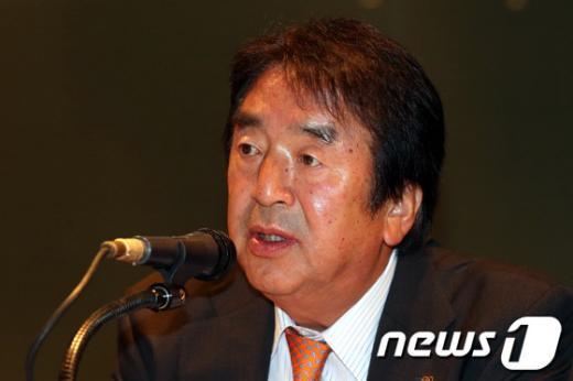 [사진]인사말하는 오공태 재일민단중앙본부단장
