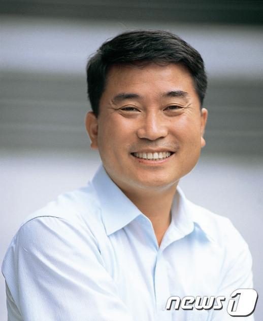 18일 공식 출범한 대통령 소속 청년위원회 초대 위원장에 남민우(51) 다산네트웍스 대표이사가 임명됐다. (뉴스1 DB) 2013.6.18/뉴스1  News1
