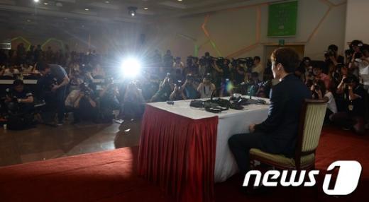 """[사진]박지성 """"내가 먼저 고백"""""""