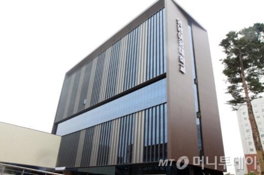영남이공대, 초대형 복합 창업보육센터 준공