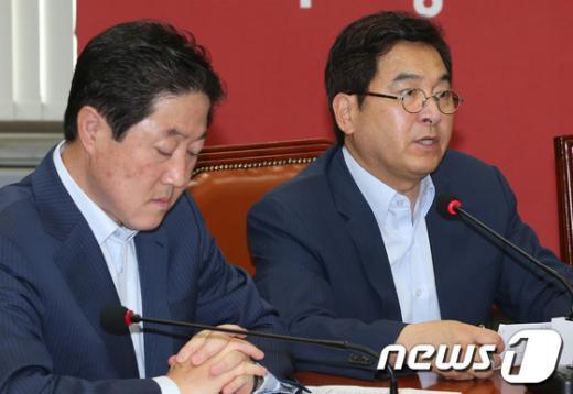 [사진]발언하는 심재철 최고위원
