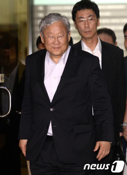[사진]장재구 한국일보 회장, 검찰 소환조사