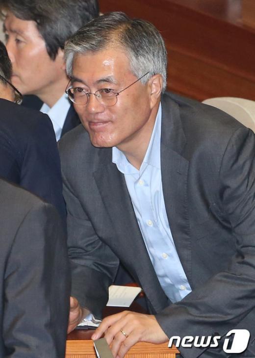 문재인 민주당 의원. 2013.7.2/뉴스1  News1 송원영 기자